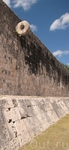 Чичен Ица - город майя. поле для игры в мяч