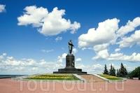Памятник Чкалову  (Нижний Новгород)