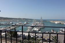 Вид на порт из ресторана