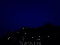 Генуэзская крепость. Совсем ночь.
