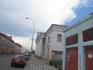 Чуть подальше беленькое здание - Старая хлебная (лоцманская) биржа (построено в 1806-1811 г.г.)
