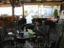 И на отдыхе не забываем про работу! (Надо же заработать себе на ужин! =))). Интернет есть в баре на набережной и в новой гостинице.