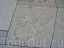 слепки рук и ног знаменитостей перед Китайским театром на Голливудском бульваре
