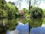 Войдя в сад мы свернули как раз в английскую его часть и по тропинкам добрели до довольно большого озера, в центре которого на островке стоит памятник III Герцогу Осуне.