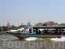 """и вот так можно прокатиться по реке Чао Прайя и послушать экскурсию. А вообще на реке кипит отдельная жизнь: речные """"маршрутки"""", которые очень удобны ..."""