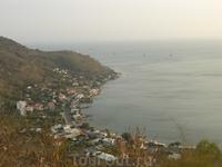 Вид на бухту с горы.