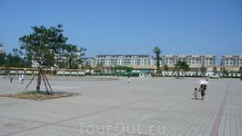 Площадь рядом с Вост. базаром