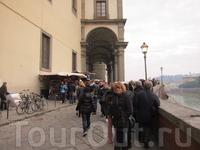 Флоренция,очередь в галерею Уфиццы