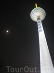 Телебашня . Шеньян. Ее высота составляет 305 м, а занимаемая площадь - 8 000 м2. Башня представляет собой цоколь, корпус, здание и мачту. На высоте 187 ...