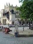 живые скульптуры на площади