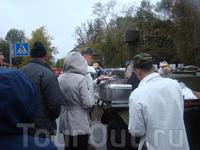 Самые смелые могли отведать солдатскую картошку с грибами (представила, как солдаты, с начало эти грибы собирали, потом чистили, бррр пробовать не реш