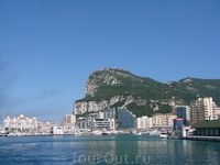 Гибралтар, кусочек Великобритании на территории Испании