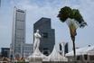 на набережной Boat Quay стоит копия памятника сэра Стамфорда Раффлза, основателя Сингапура, по легенде, Раффлз впервые ступил на сингапурский берег в этом ...