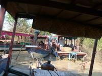 Деревня на озере Тонлесап