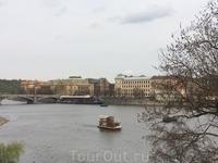 Туристические кораблики на Влтаве