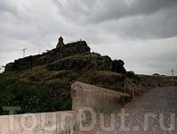 Аштарак,Сурб Саргис,вид с Аштаракского моста