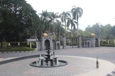 Дворец короля Малайзии
