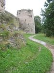 Старинные башни Изборска.