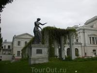Скульптурное украшение парка