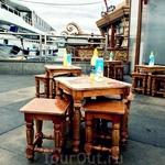 И снова маленькие столики и стульчики ) Порт