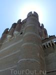 Донжон - такое название носят главные башни средневековых замков. Обычно это самая высокая башня и самая неприступная. Такой своеобразный последний рубеж ...