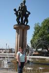 С фонтаном на набережной ослофъорда