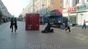 Ранее утро на пешеходной торговой улице