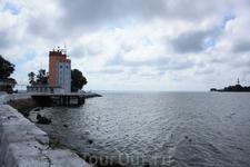 Балтийск. Навигационная башня на пирсе