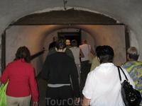 Собираемся спускаться в Новоафонские пещеры