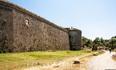 Снова стены