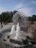 в брызгах  фонтанов