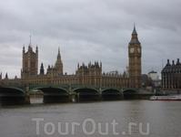 Вестминстерский дворец — здание на берегу Темзы в лондонском районе Вестминстер, где проходят заседания Британского парламента.