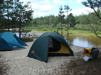 Лагерь на берегу реки Лух