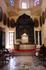 С наружи собор кажется мрачноватым и приземистым, а в нутри просторно и светло