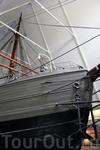 Фрам был построен специально для экспедиции Фритьофа Нансена к Северному и Южному полюсам, и это единственное деревянное судно, достигшее экстремальных ...