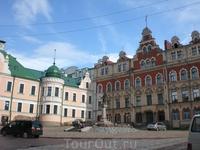 Площадь в исторической части города