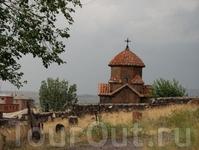 Аштарак, обл. Арагацотн, Церковь Кармравор,VII в