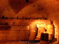 еще одна комната в подвале