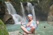 Пикник на водопаде