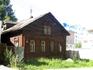 Симпатичный домик с резными наличниками недалеко от вокзала
