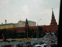 И снова вид на кремлевские башни.