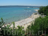 Вид на варненский городской пляж.