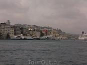поплыли по Босфору