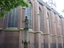 В городе много памятников и скульптур.