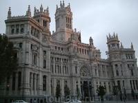 Мадрид. Дворец коммуникаций