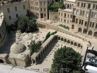 Вид на старый город с Девичей Башни