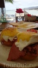 На завтрак мы любили яйца Бенедикта