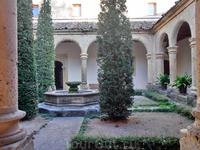 Внутренний дворик.