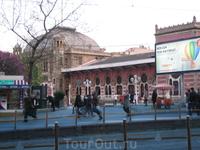 старый вокзал на набережной