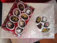 """А вот конфетки, которые девчонки сами сделали для мамочек-путешественниц... Мастер- класс """"конфеты ручной работы"""""""